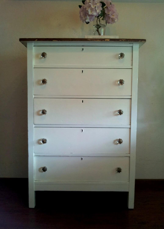 Antique farmhouse 5 drawer dresser
