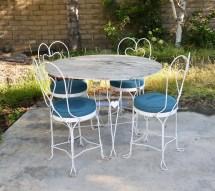 Vtg White Mid Century Wrought Iron Ice Cream Table & Chairs