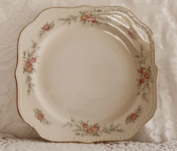 Homer Laughlin Eggshell Georgian Patterns