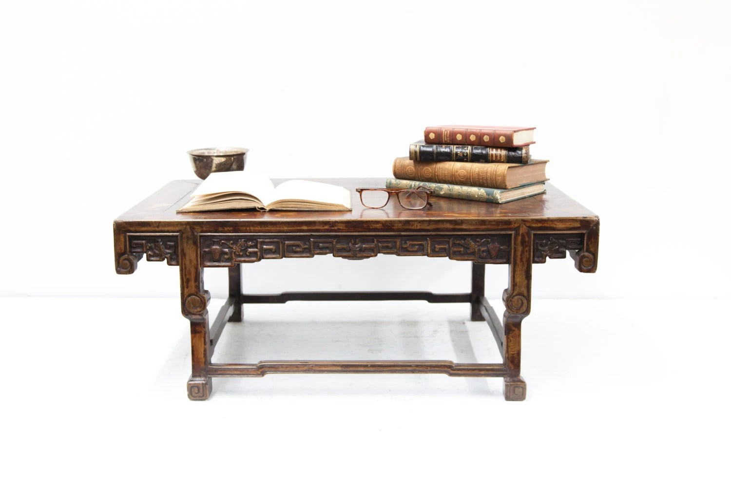 Small chinese carved table haute juice - Petite table haute ...