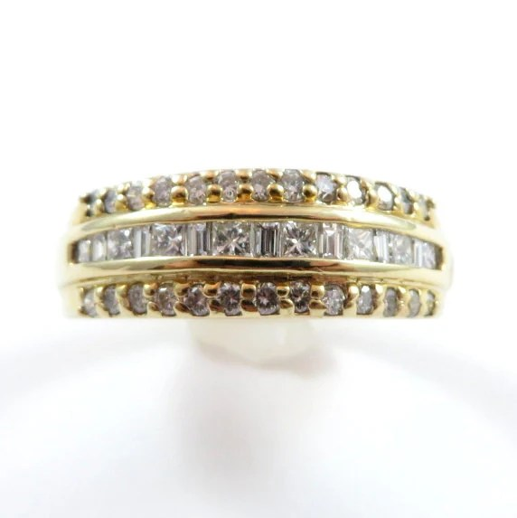 14k Yellow Gold Princess Cut Round And Baguette Diamond