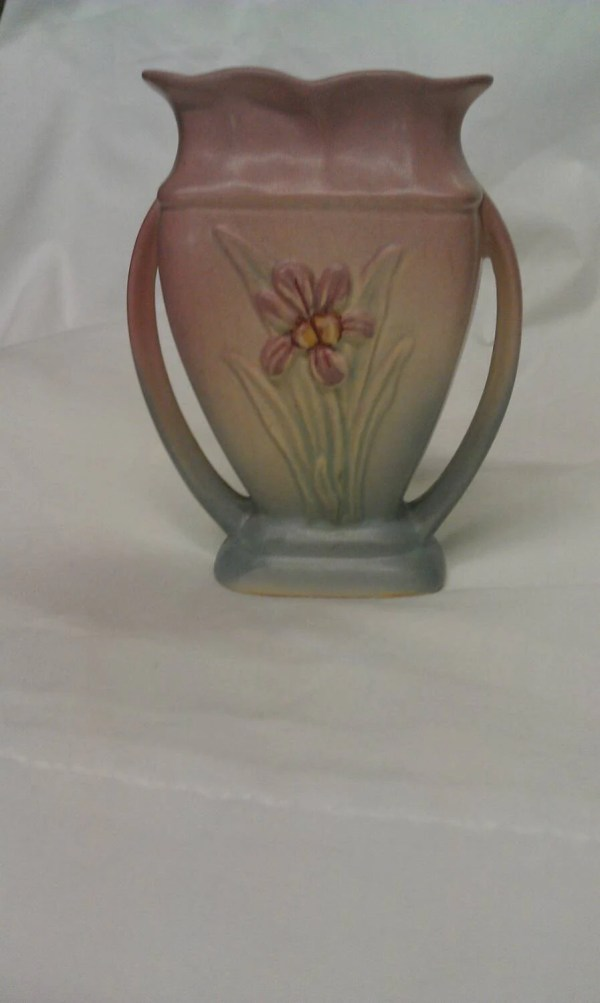 Hull Pottery Usa Two Handle Vase . 405