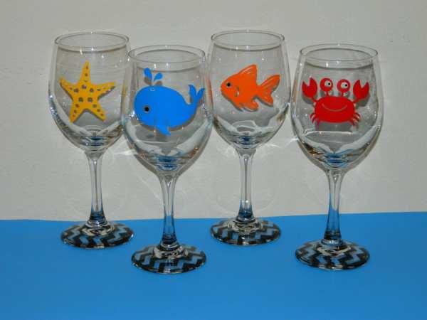 Pick Beach Themed Preppy Wine Glasses Designbyjuliebug