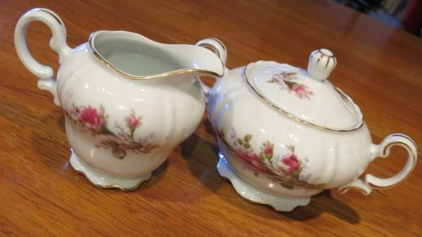 Vintage Noritake Lidded Sugar Bowl And Creamer Set