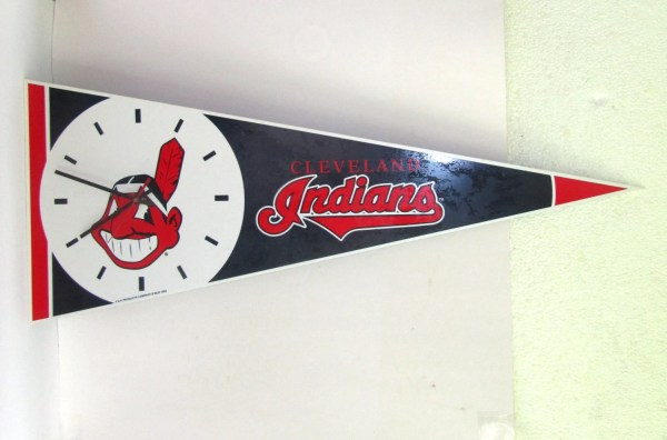 Vintage Clock Cleveland Indians Pennant Sign Sports Baseball