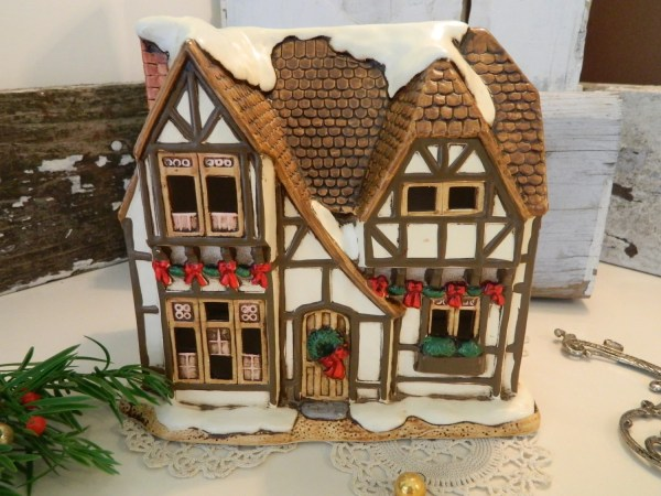 Vintage Lefton Christmas Village Piece Hampshire Designed