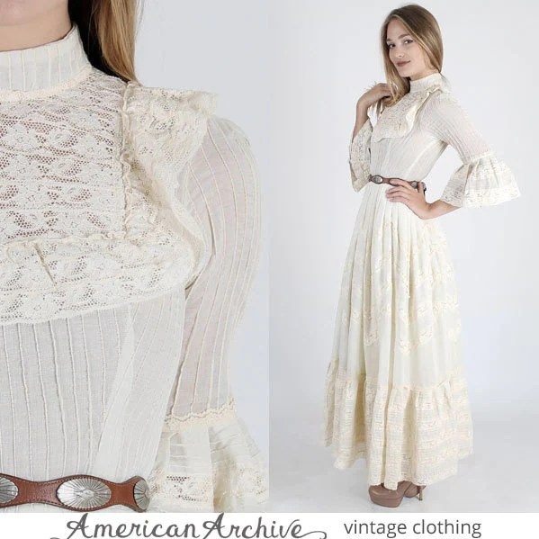 Vintage 70s Mexican Wedding Dress Floral Lace by AmericanArchive