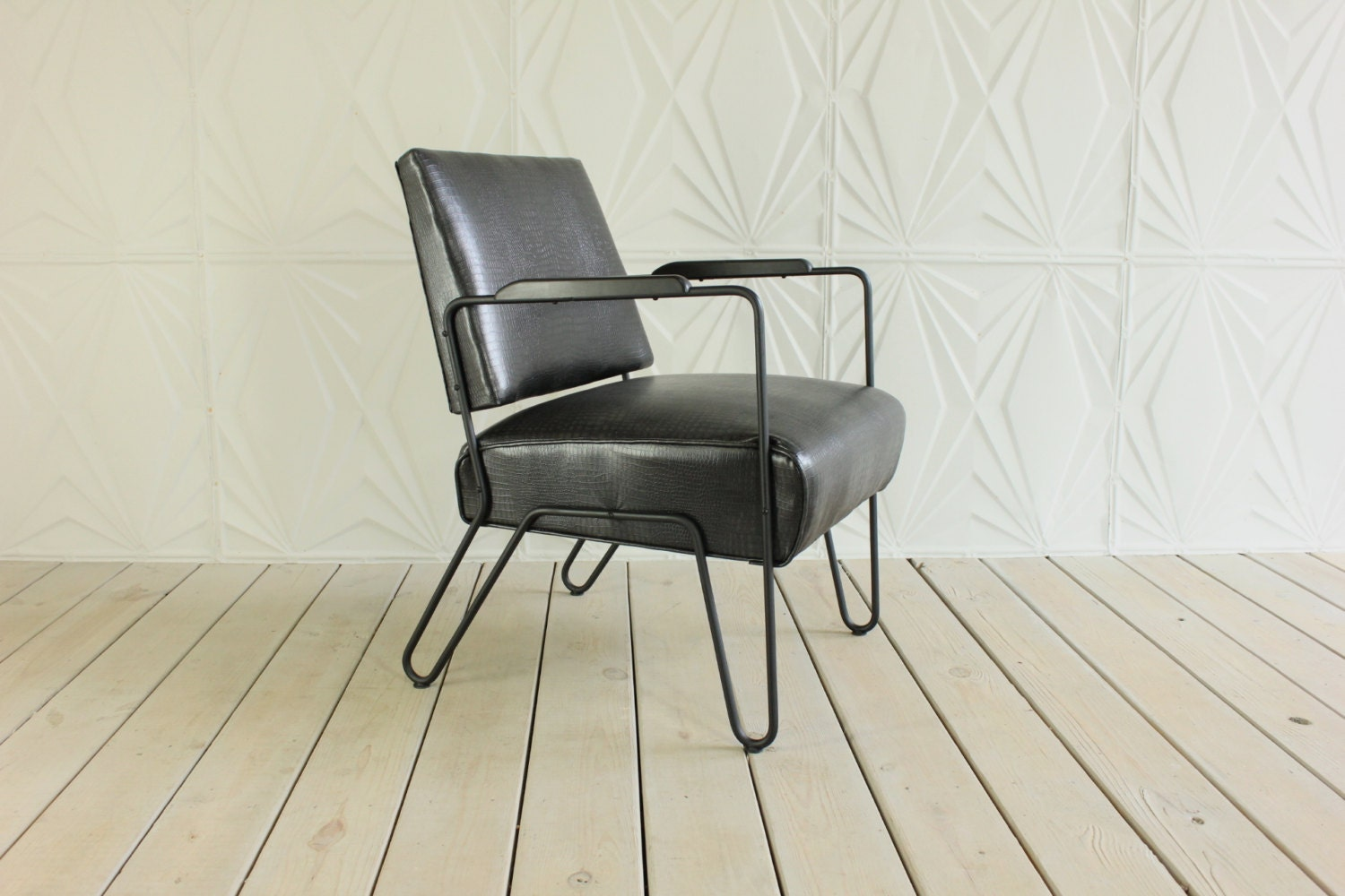 Hairpin Leg Chair Metal Hairpin Leg Arm Chair By E W Harting New Upholstery