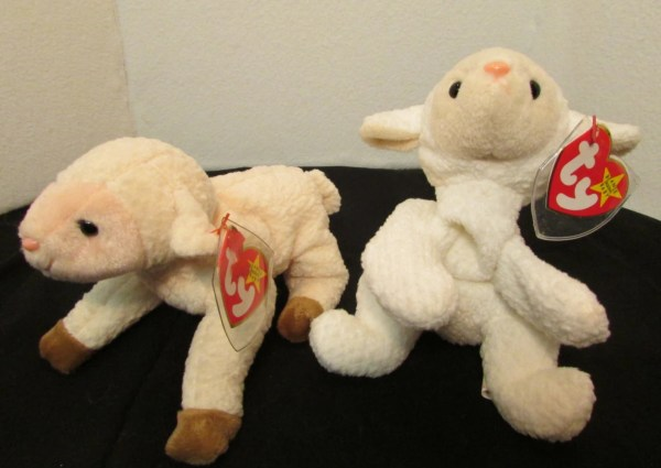 Ty Beanie Baby Lambs Ewey And Fleece