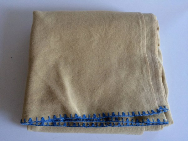 Vintage Wool Camp Blanket Creme -white With Blue