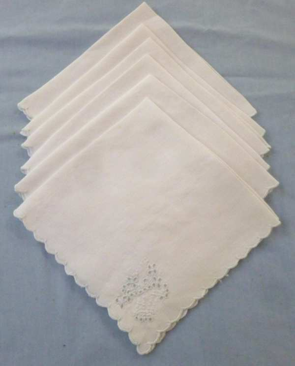 6 French Linen Napkins with Embroidery and Cutwork by ...