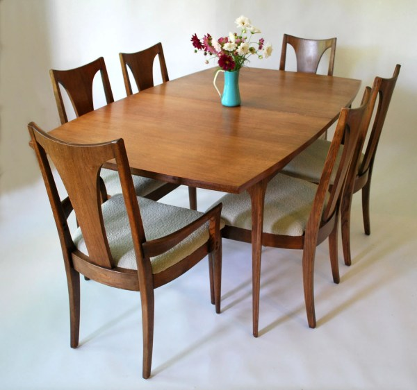 Broyhill Dining Room Sets