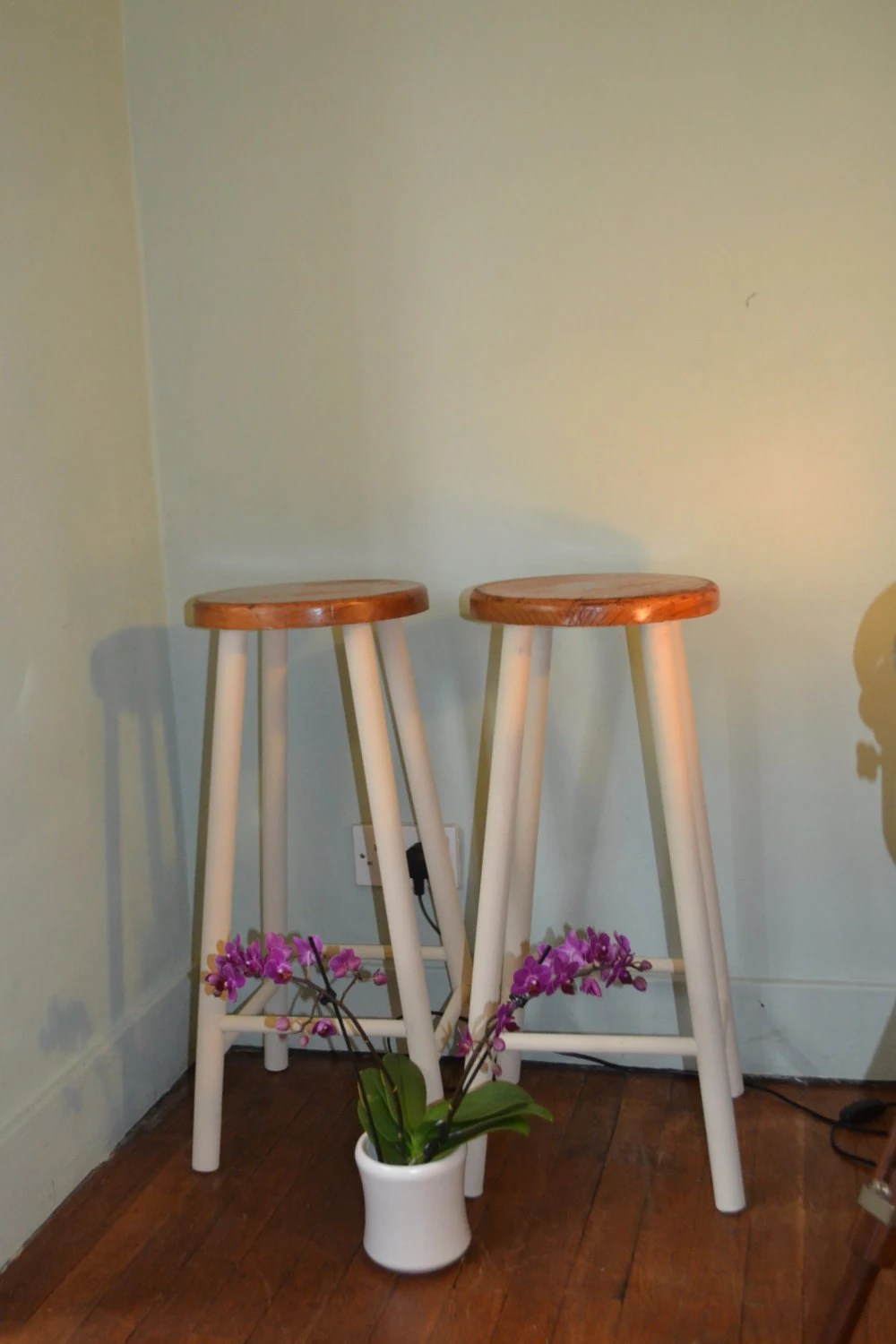 two bar breakfast bar stools shabby chic retro vintage. Black Bedroom Furniture Sets. Home Design Ideas