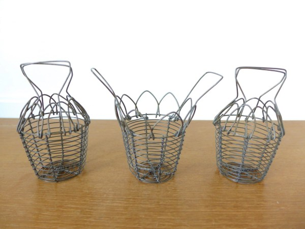 Small folding wire baskets with handles by Sweetpotatojack ...