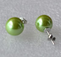 big green pearl earrings 4 10 mm grass green bead earring