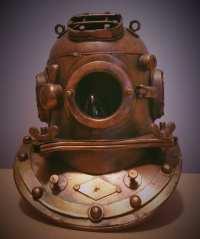 Diving helmet lamp light
