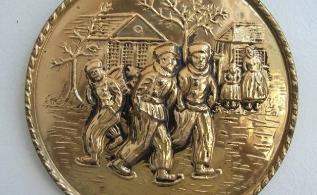 Vintage England Hammered Brass Wall Plate Wall Plaque Dutch