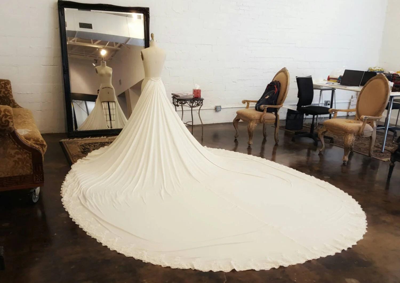 Unique Detachable Train For Wedding Dresses By