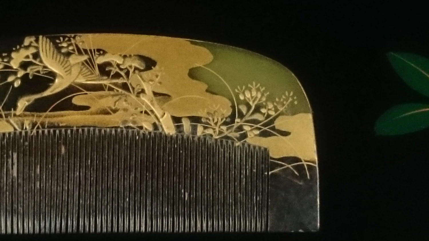 Flying Crane Motif For Vintage Hair Comb Kushi Hair