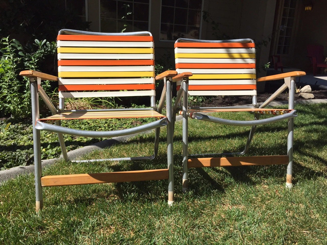 folding aluminum lawn chairs gaming office pair of vintage with wood