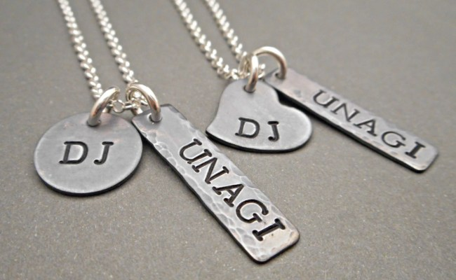 Personalized Couples Necklace Set Anniversary Gift Hand
