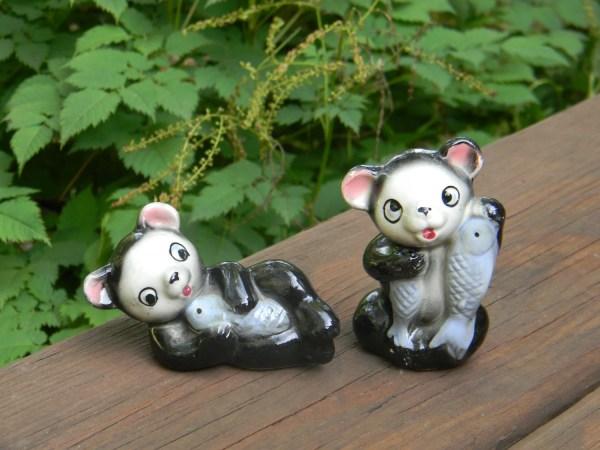 Vintage Porcelain Bears Holding Fish Figurines In Japan