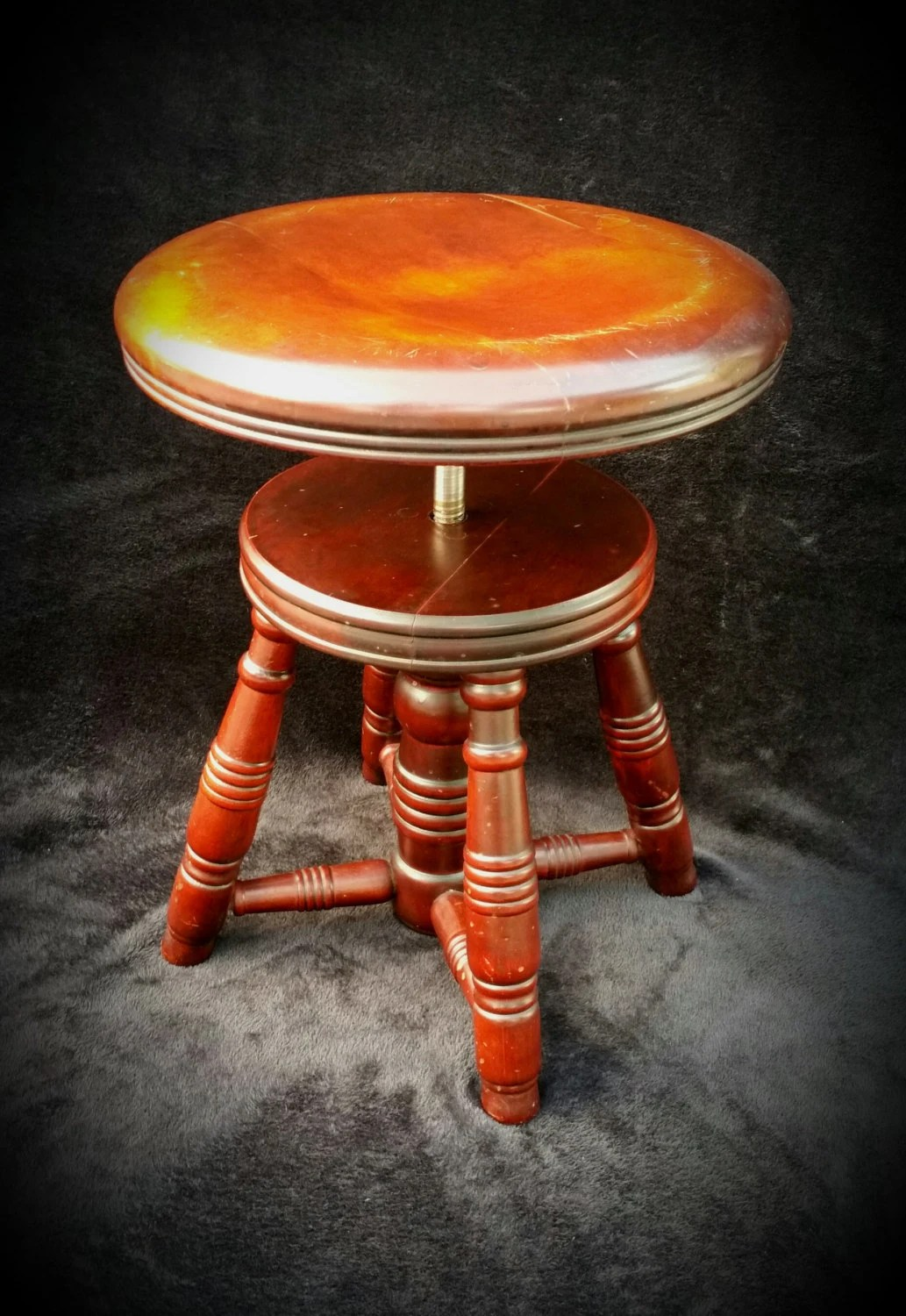 ladder back dining chairs mid century rattan hoop chair antique piano stool round telescoping rotating wood adjustable