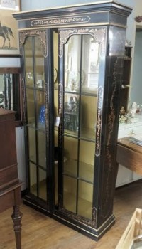 Mid Century Painted China Cabinet Chinoiserie Glass Front
