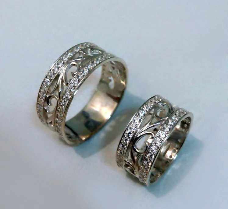 Vintage Style Wedding Rings Promise Rings His And Hers Gold