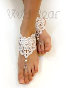 Lace Chain Barefoot Sandals. White Foot Jewelry. Pearl