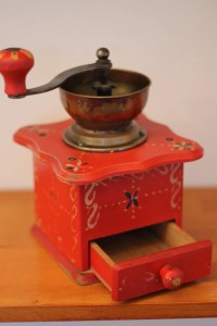 ON SALE Vintage wooden coffee grinder Dutch kitchen decor