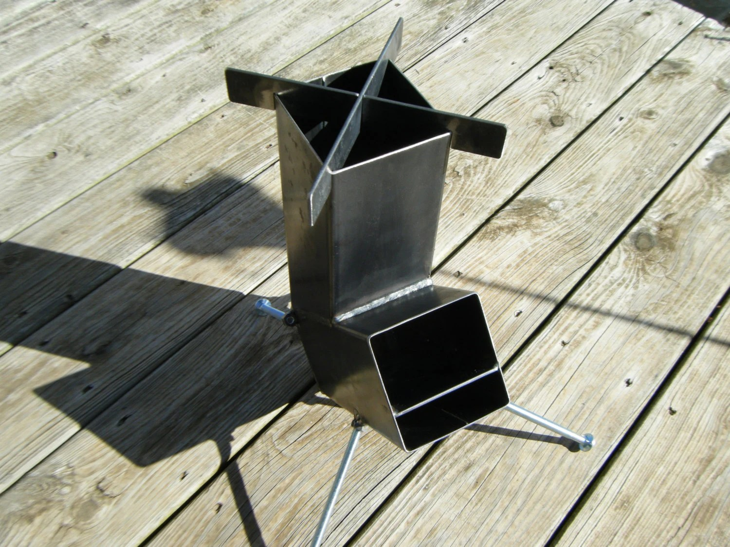 Rocket Stove Self Feeding Gravity Feed Design all by