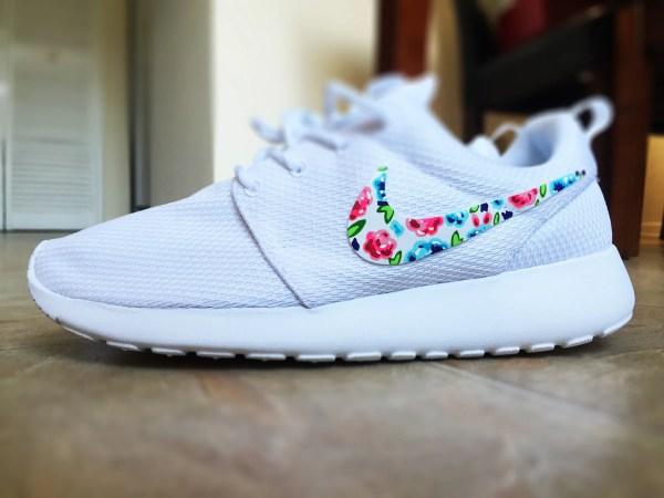 Womens Custom Nike Roshe Run Floral Design