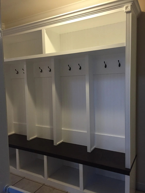 Entryway mudroom locker / Halltree / Entryway bench Drop Zone