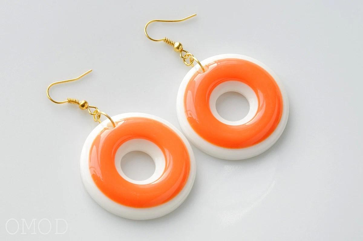 Mod earrings, 60s mod hoop earrings, White Orange earrings