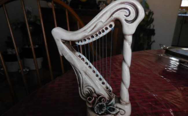 Vintage Made In Italy Capodimonte Harp Ceramic Decor Flowers
