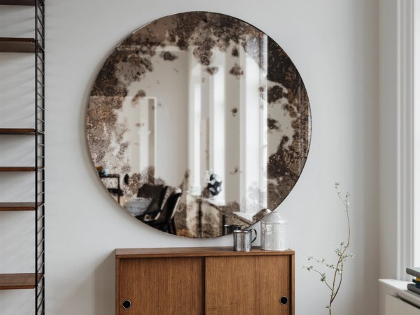 Frameless Antique Mirror. Round hanging wall mirror made with
