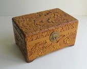 Vintage Chinese wooden je...