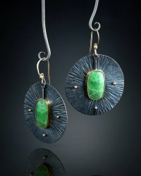 Gaspeite Earrings by amybuettner on Etsy