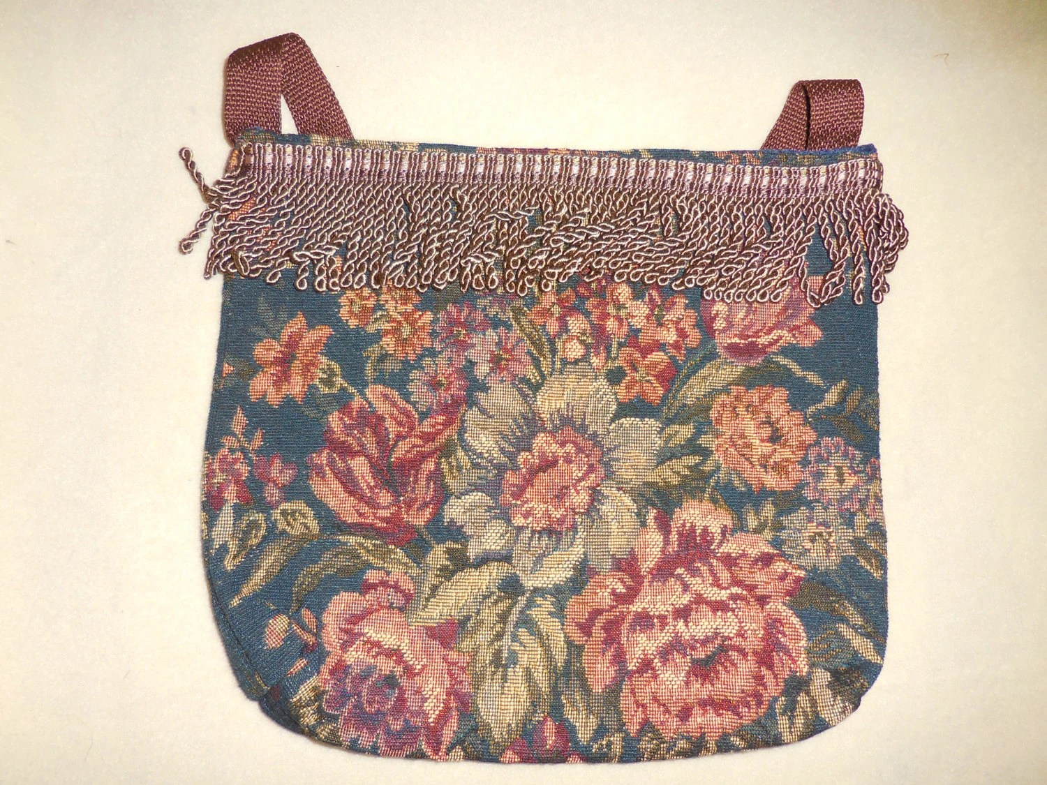 Items similar to Handmade Leather Purse with Flower Design