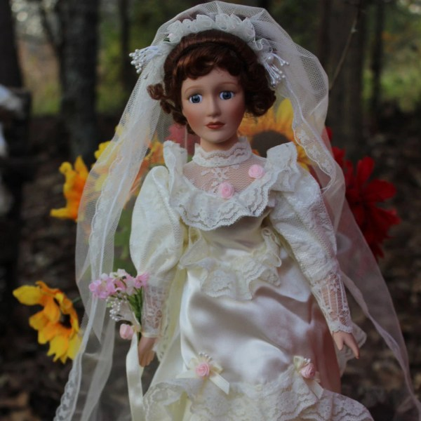 80' Porcelain Doll Bride Wedding Decoration