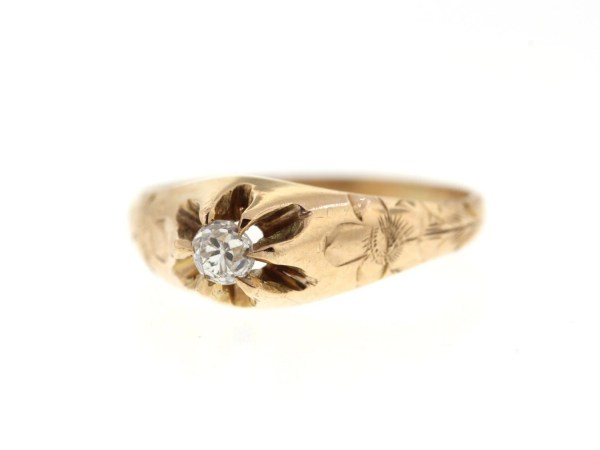 Vintage 10 Yellow Gold Diamond Baby Ring Midi