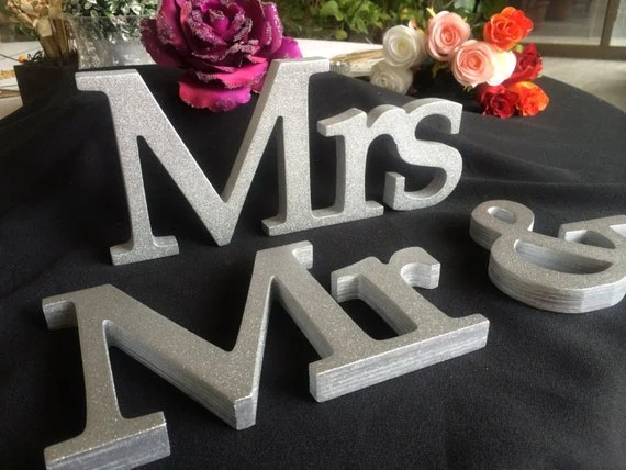 GOLD GLITTER Mr & Mrs For Sweetheart Table At Your Wedding