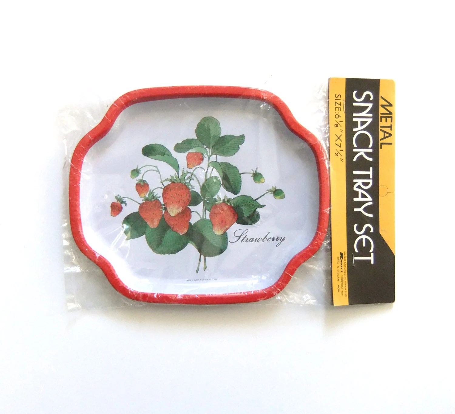 Metal snack trays set of 2 japan snack trays strawberry retro kitchen decor vintage snack - Strawberry themed kitchen decor ...