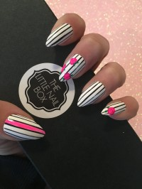 Stiletto black and white press on nails stick on nails