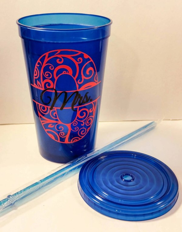 Personalized Plastic Cups With Lid & Straws Double Walled