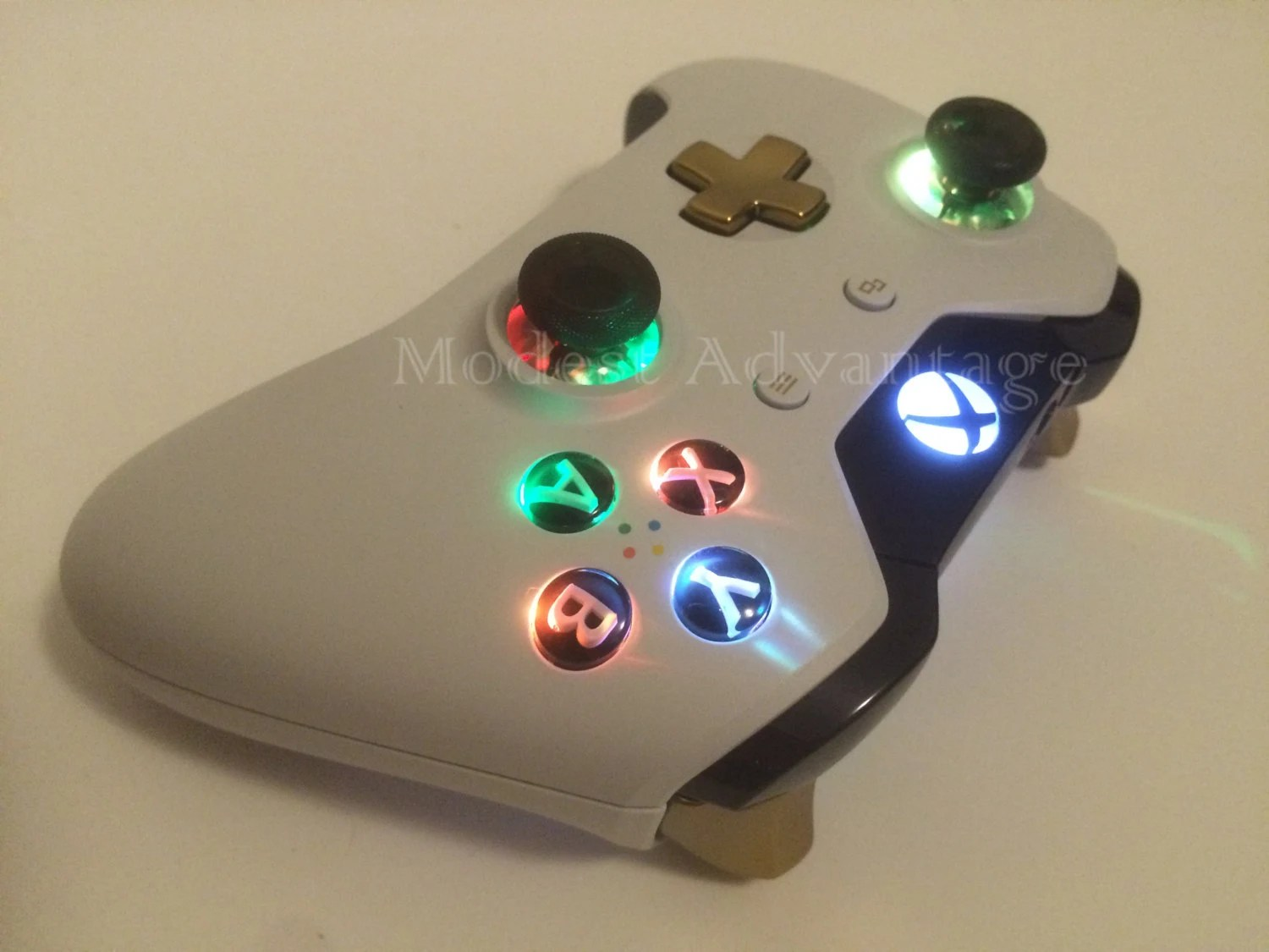 Xbox One Limited Edition Lunar Controller LED Mod