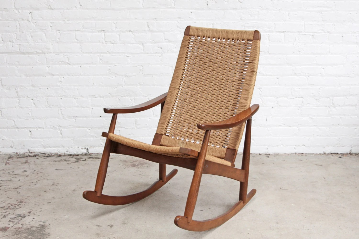 rope bottom chair lawn chairs for heavy people mid century woven rocking lounge