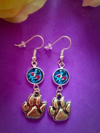 Disney The Lion King Simba Drawing Paw Charm Dangle Earrings.