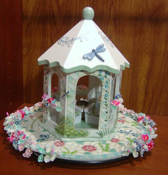 dollhouse miniature gazebo garden